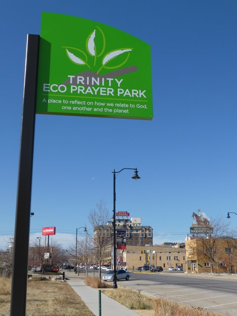 Sign installed to relieve park identity crisis